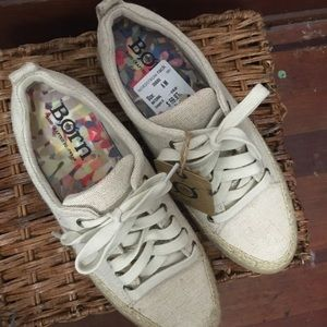Born Handcrafted Footwear Natural shoe women's 6M